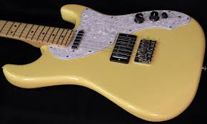 Fender Pawn Shop 70s Stratocaster Deluxe
